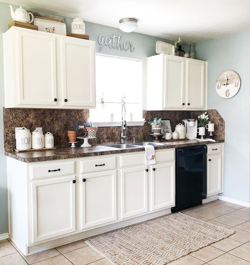 9 Ways To Decorate Above Your Kitchen Cabinets Decoration Cui