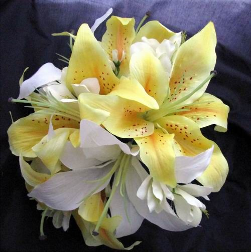 Lilies Wedding Bouquet Silk Bouquet Cream White Yellow Lily