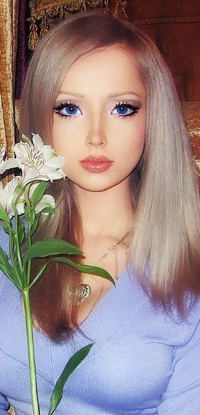 Meet Valeria Lukyanova 21 World S Most Convincing Real Life