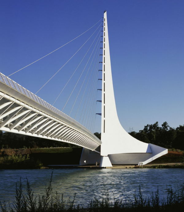 SUNDIAL FOOTBRIDGE in REDDING. Santiago Calatrava