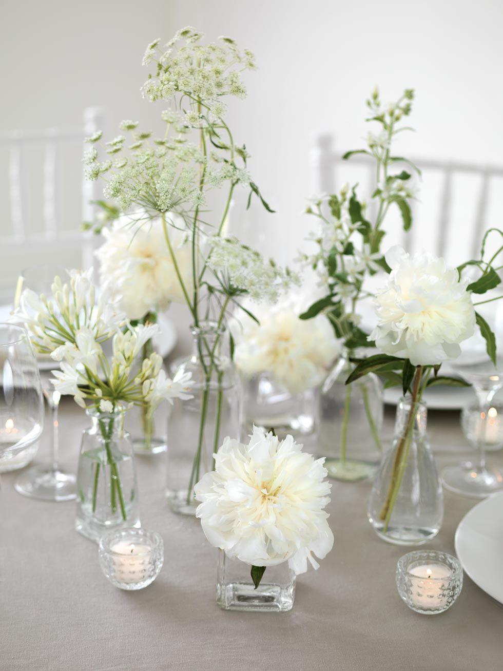 Decoraciones de mesa blanco y verde