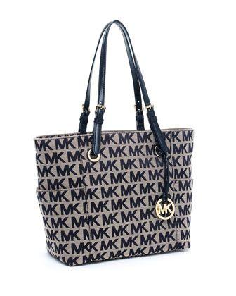 Michael Kors Jet Set Monogram Signature Tote I M In Love With This Bag
