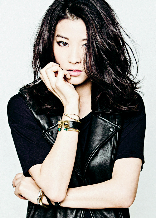 But If You Re Here Who S Guarding Hades Arden Cho Gorgeous Girls Asian Beauty