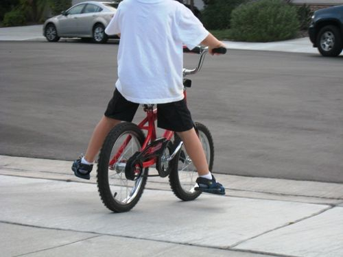Teach Your Child To Ride No Training Wheels Bike Ride Bike