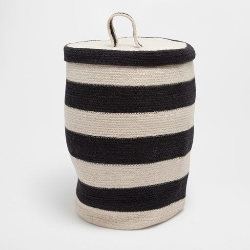 Image of the product Zigzag pattern clothes basket