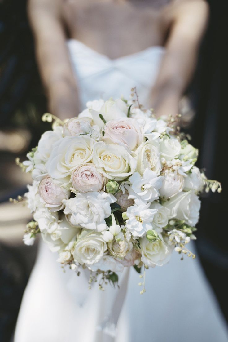 30 Elegant Bridal Bouquets with White Flowers (With images ...