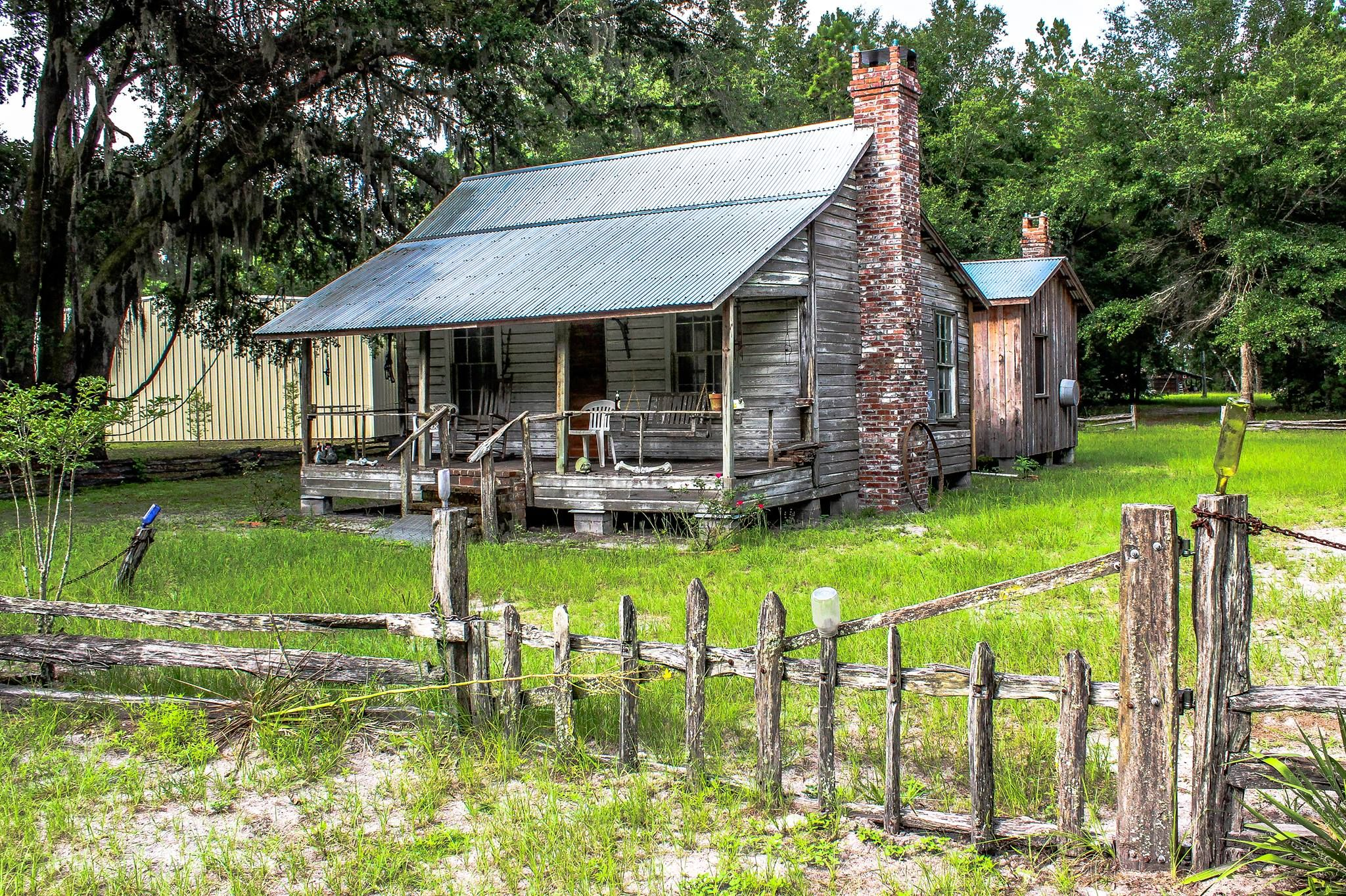 cabin home in lot for hernando lotflip rustic cabins on acre county log sale xxl style brooksville florida