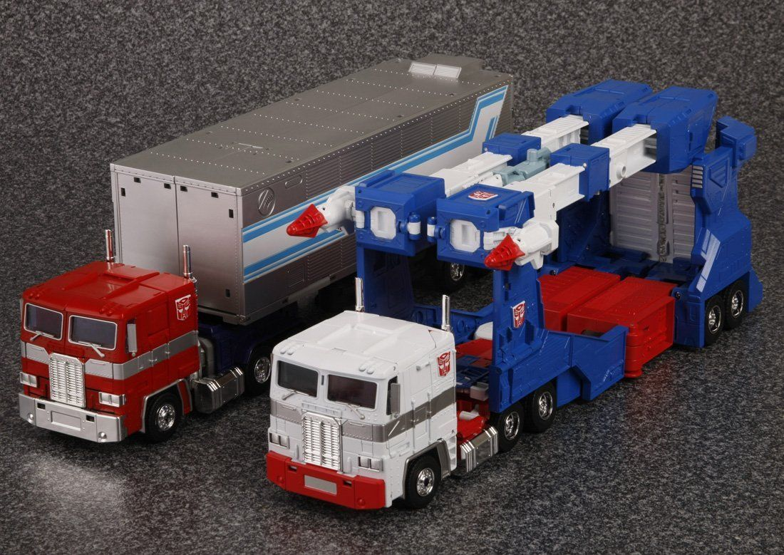 IDW Transformer Motormaster// Optimus Prime IDW Trailer In Stock