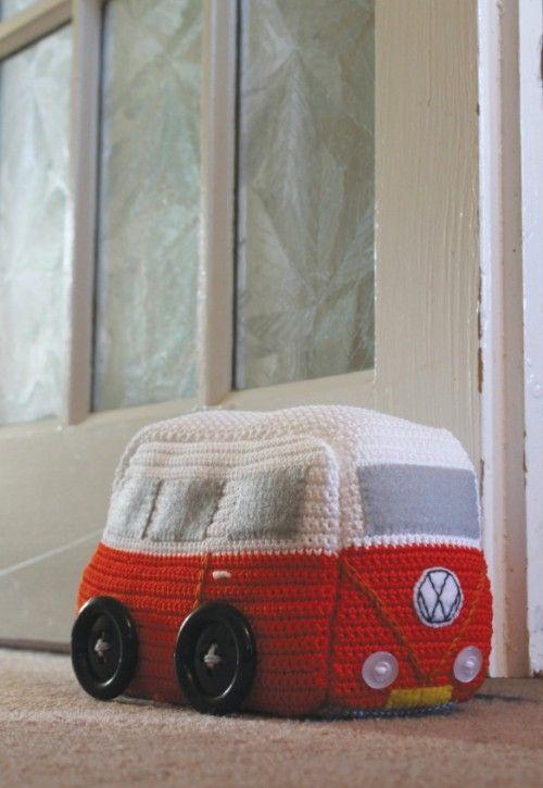 VW Van doorstop by Emma Varnam. To get pattern you must buy magazine from Inside Crochet