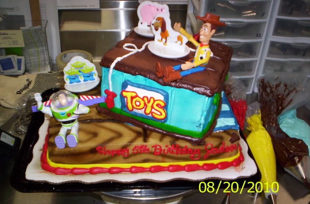 Surprising Toy Story Tier Publix And Walmart Toy Story Cakes New Toy Story Personalised Birthday Cards Arneslily Jamesorg
