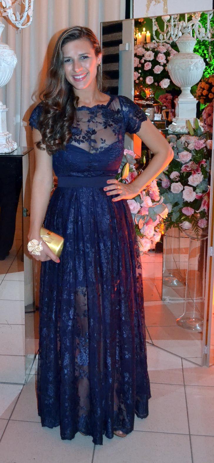 Vestido de renda francesa azul