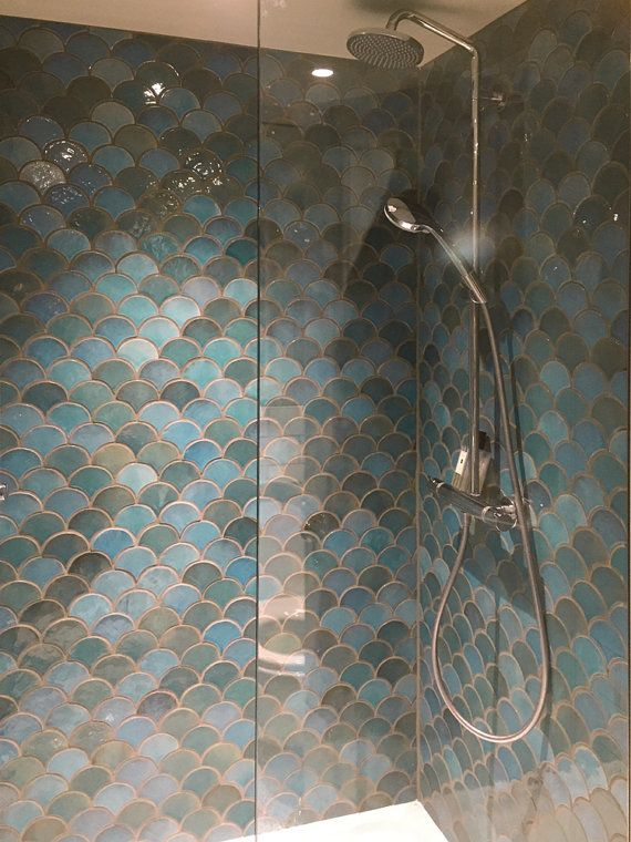 Moroccan Fish Scale Tiles 1 M2 10 76 Sq Ft Scallop Moroccan Tiles Hand Painted Tiles Field Tiles Ceramic Tiles 10x9cm Custom Color In 2020 Best Bathroom Tiles Fish Scale Tile Moroccan Bathroom