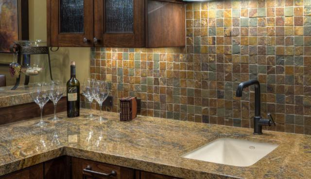 Top 13 DIY Kitchen Backsplashes | Slate, Glass Kitchen Tiles And Natural  Stones