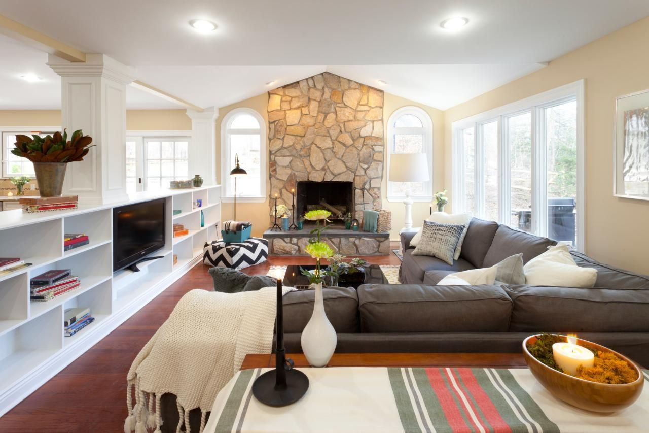 Great Living Room Layout Tips Livingroom Layout Traditi