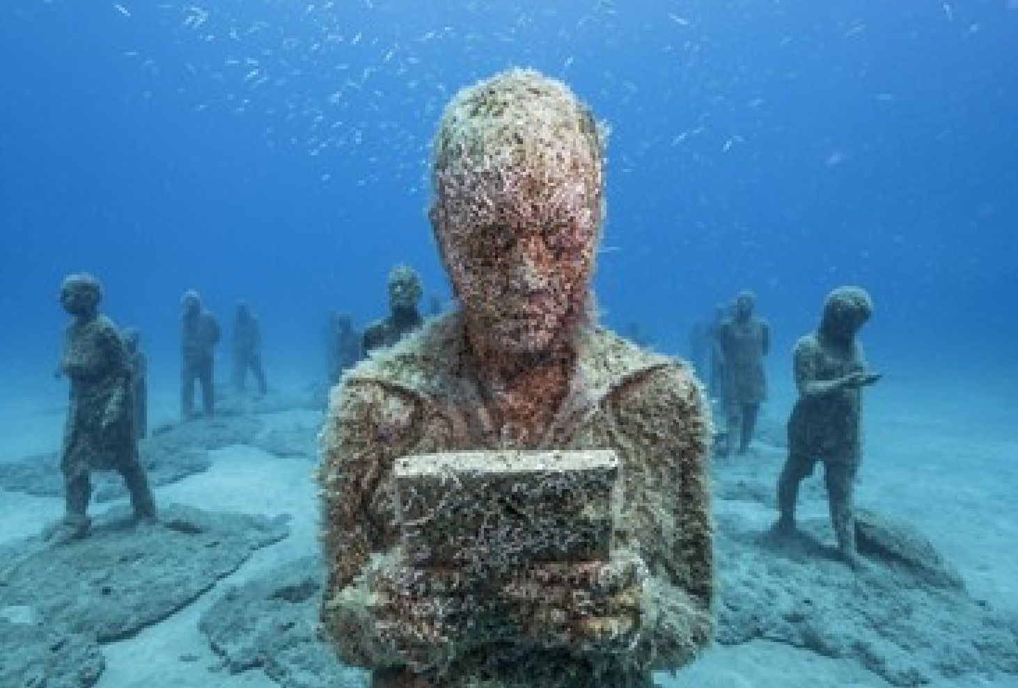 Underwater cancun mexico museum i 39 m looking what type of for Spain underwater museum