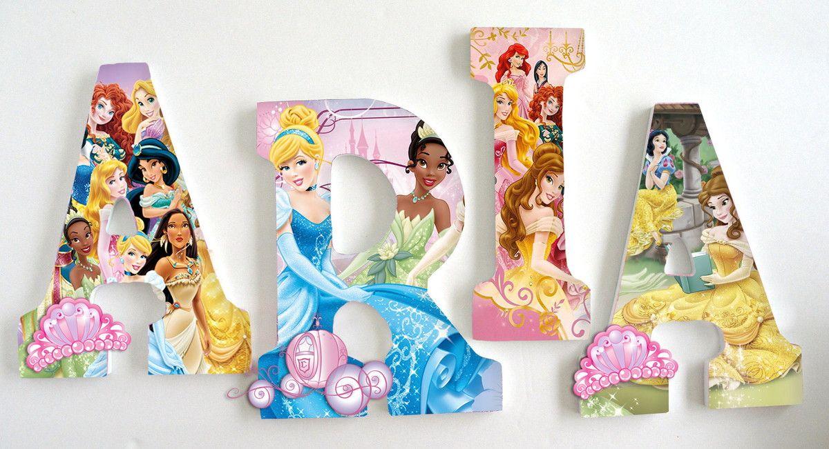 Letra Decorada Com O Tema De Todas As Princesas Disney
