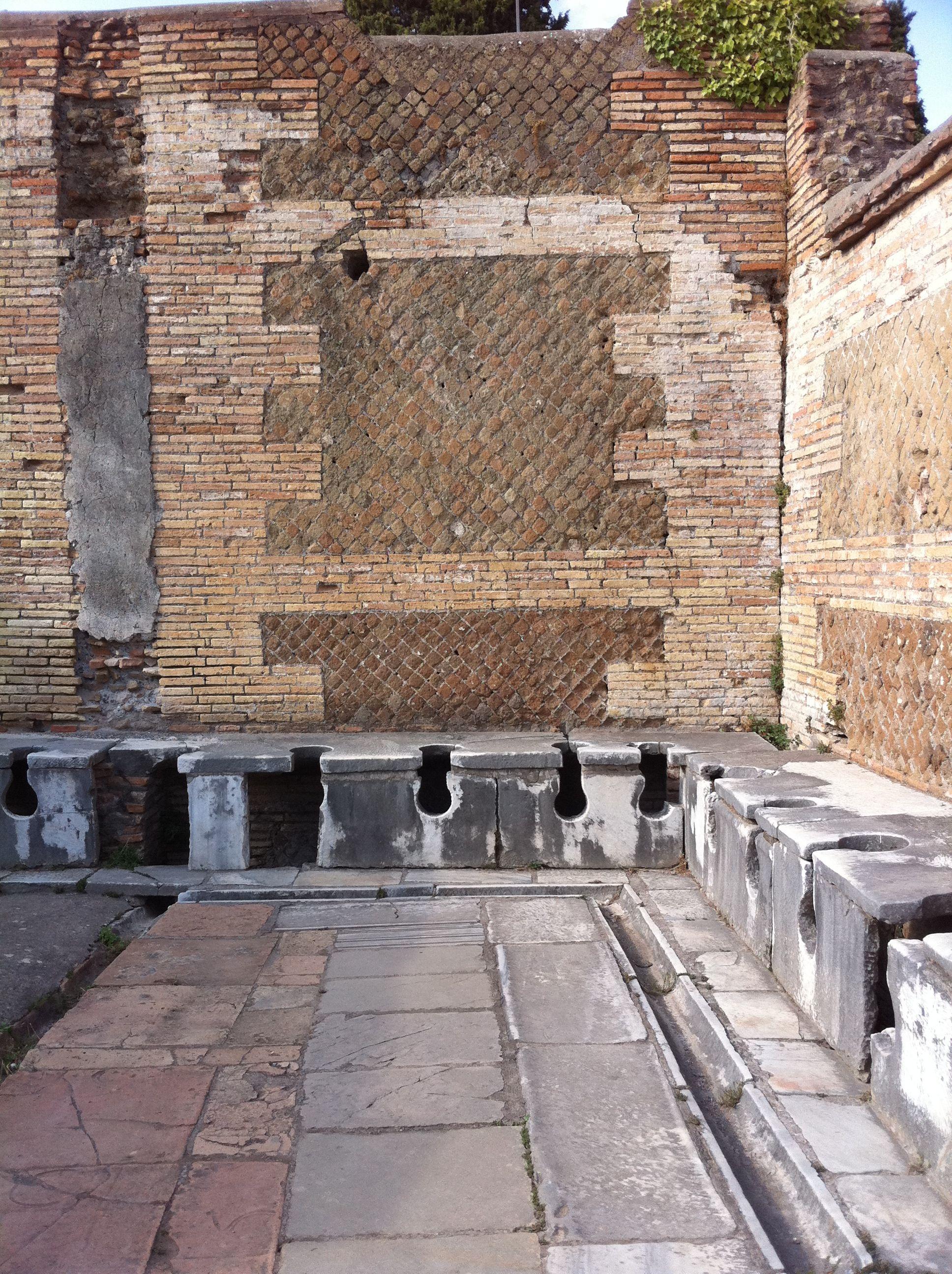 Public toilets in Rome!!