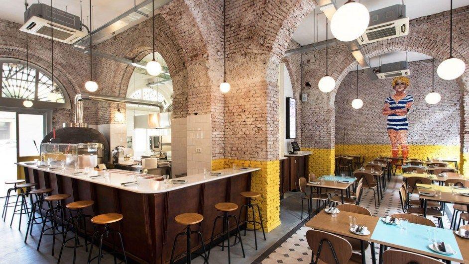 Restaurante En Milan Berbere Barra De Bar Restaurantes Y