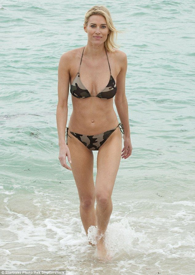 Kristen Taekman Flaunts Her Stunning Beach Body In Camouflage Bikini