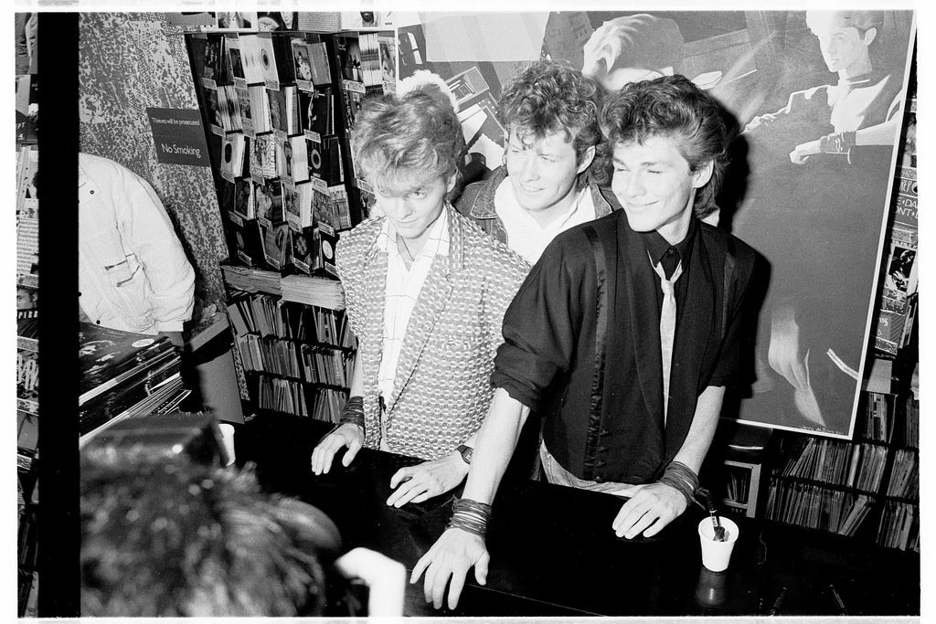 A Ha Hmv 363 Oxford Street London Instore Signing January