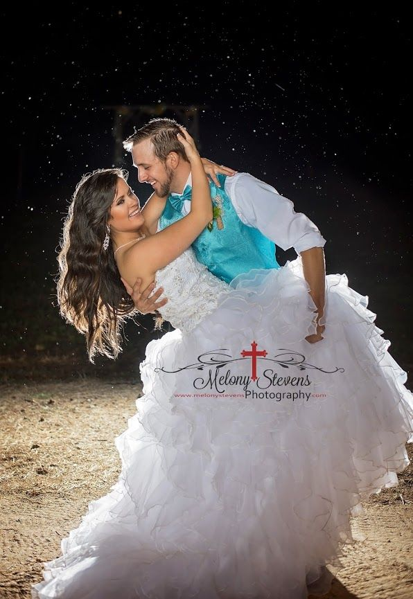 #wedding #couple #dip #night #melonystevensphotography Melony Stevens Photography - Google+