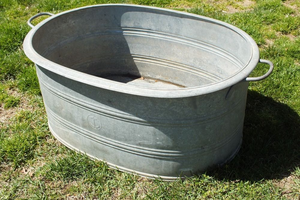 Large Antique Oval Galvanized Steel Wash Tub Marked W W Galvanized Steel Galvanized Wash Tub Wash Tubs