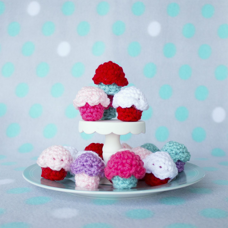 free-crochet-cupcake-pattern | Amigurumi and Dolls | Pinterest