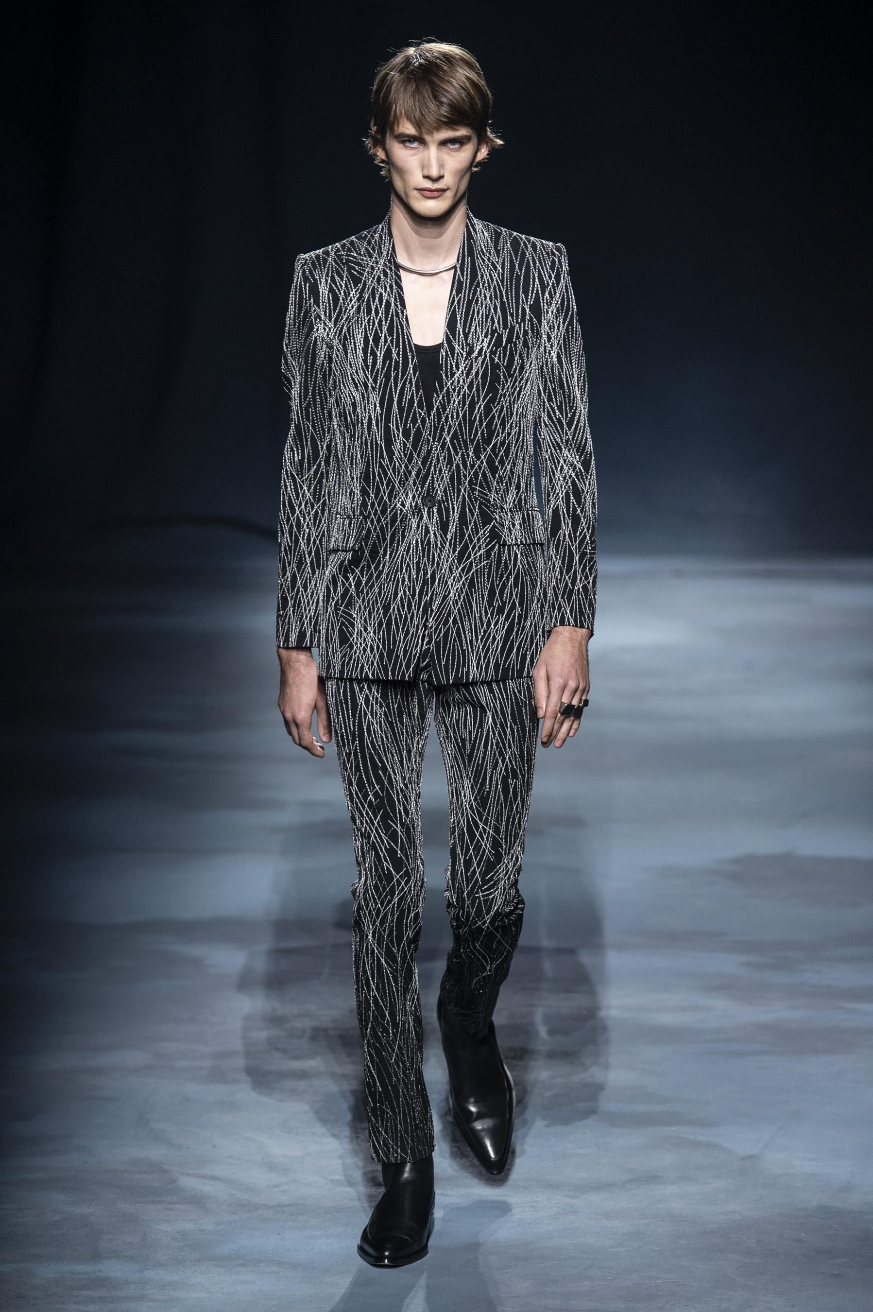 a87dd9d3f1df Défilé Givenchy printemps-été 2019 Prêt-à-porter - Madame Figaro