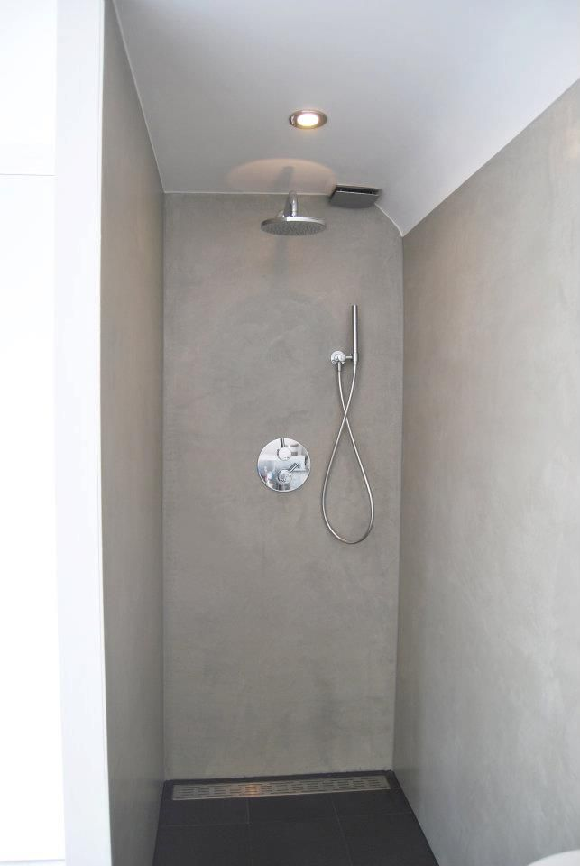 Walk In Shower Finished With Concrete Look Plaster And