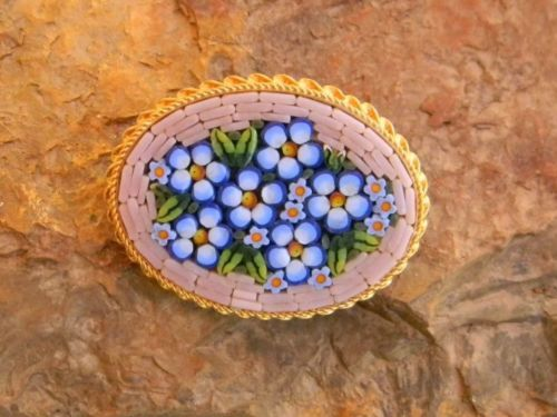 Vintage-Micro-Mosaic-Italy-Brooch-pin-Violets-in-Braided-Goldtone