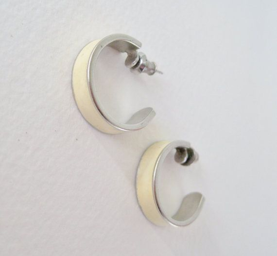 Vintage 80s Traditional Preppy Silvertone Ivory Off White Enamel Hoop Earrings By Thepaisleyunicorn 2 00
