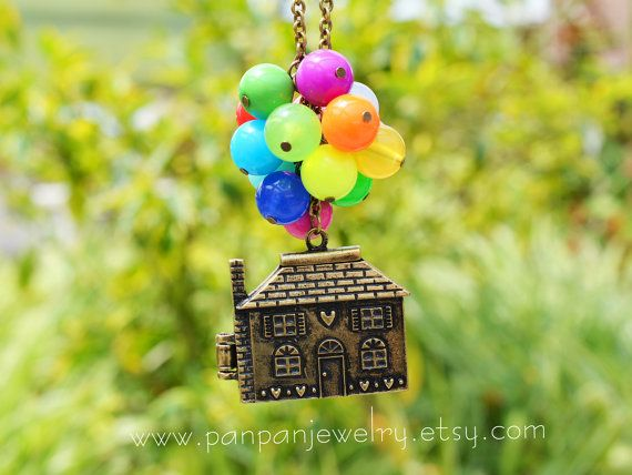 Collier de perles Flying House Flying Dreams Up film par slowerlife