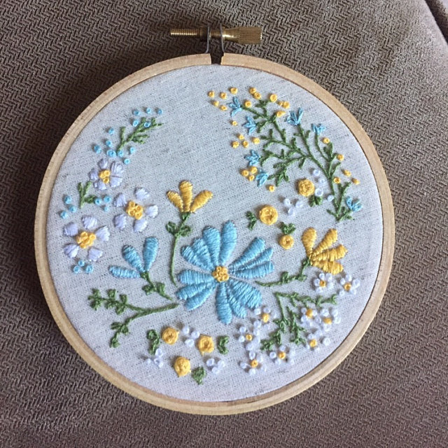 Hand Embroidery Kit, Embroidery Hoop Art, Christmas idea - Blossoming Garden - Diy Kit, Broderie, Ho