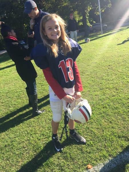 Gutsy 11 Year Old Becomes First Girl On Her School S Football Team Girl Football Player Girls Playing Football Football Girls