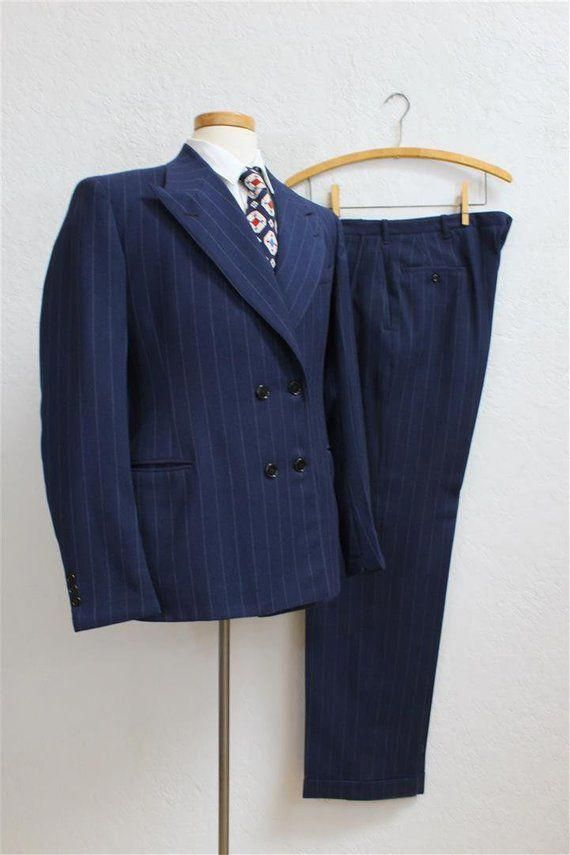 1940's Men's Pinstripe Suit / Navy Blue Wool / Double Breasted / Jacket Size: 39 / 32 x 33 Trouser #Menssuits #men#39;ssuits