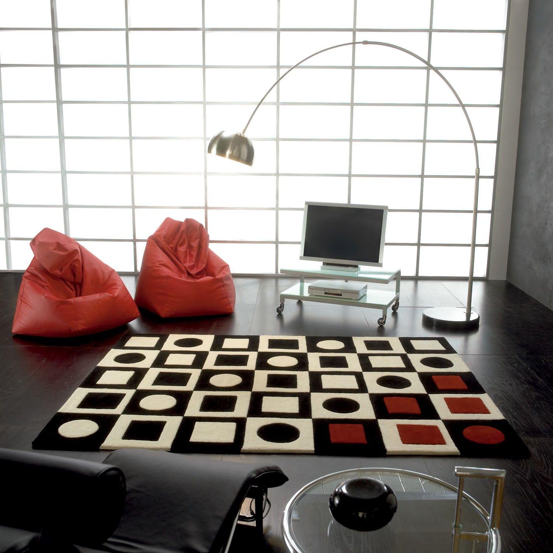 Carving Alfombra moderna Simbols Alfombra moderna Simbols Carving fabricada a mano 70% en lana y 30% en piel. Su diseño está formado por combinación de...