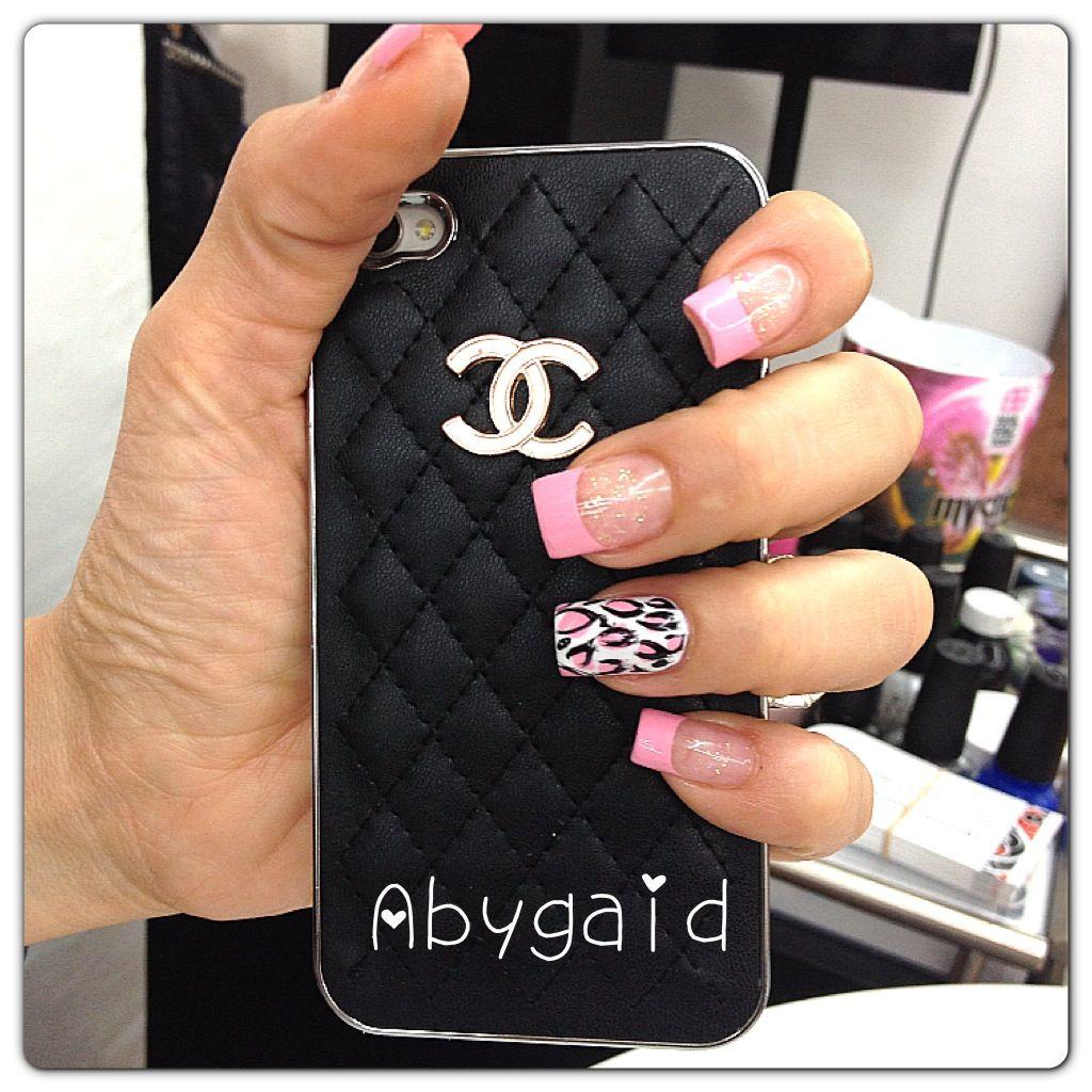 Francés en rosa con animal print en una uña ! | Decoración uñas ...