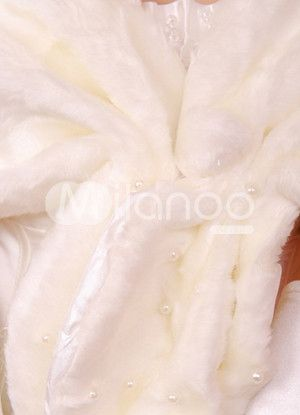 details Off white faux fur stole shawl wrap pearls