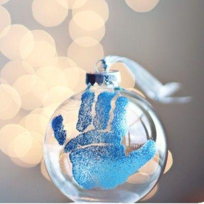 Billedresultat for håndaftryk på julekugler