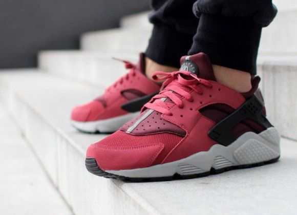 Sale Online Nike Air Huarache Cedar Black Deep Burgundy