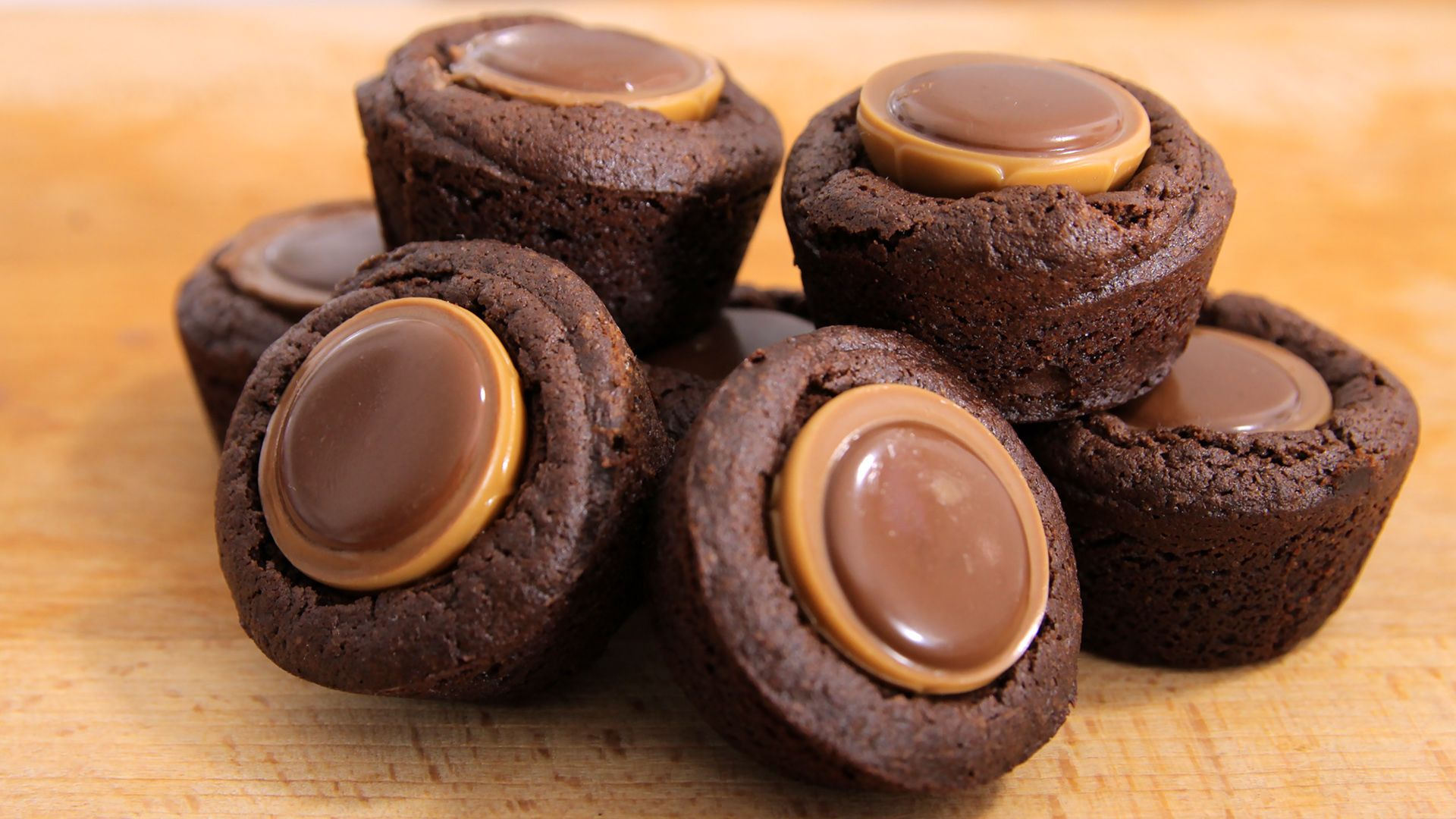 Toffifee Brownie Bites Rezept als Back Video zum selber machen Ganz einfach Schritt für