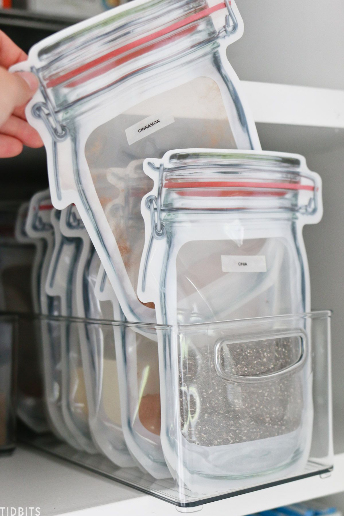 My 10 Best Tips for Small Pantry Organization #pantryorganizationideas