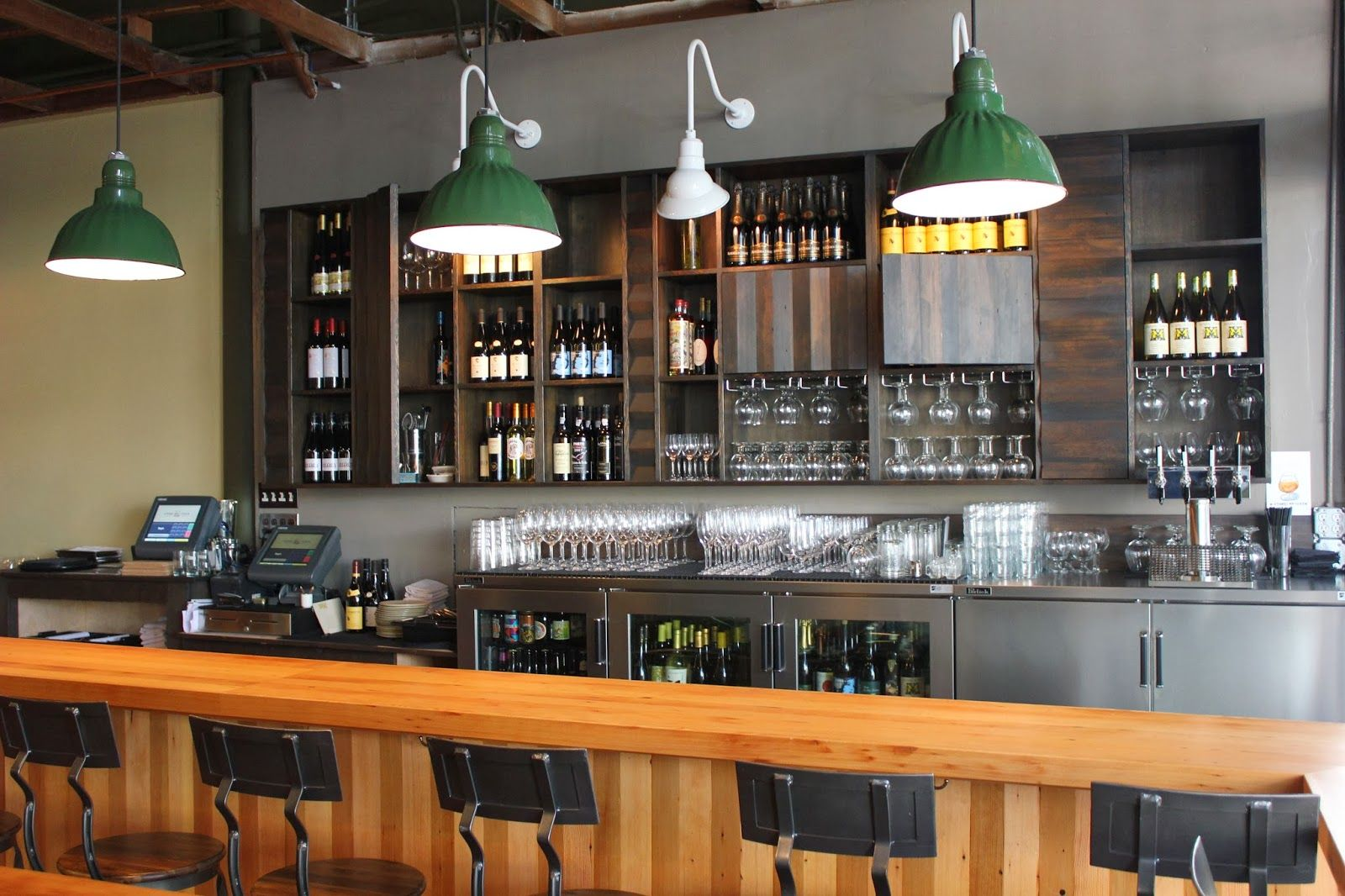 Fascinating Simple Bar Designs Ideas - Best Image Engine - 2articles.us