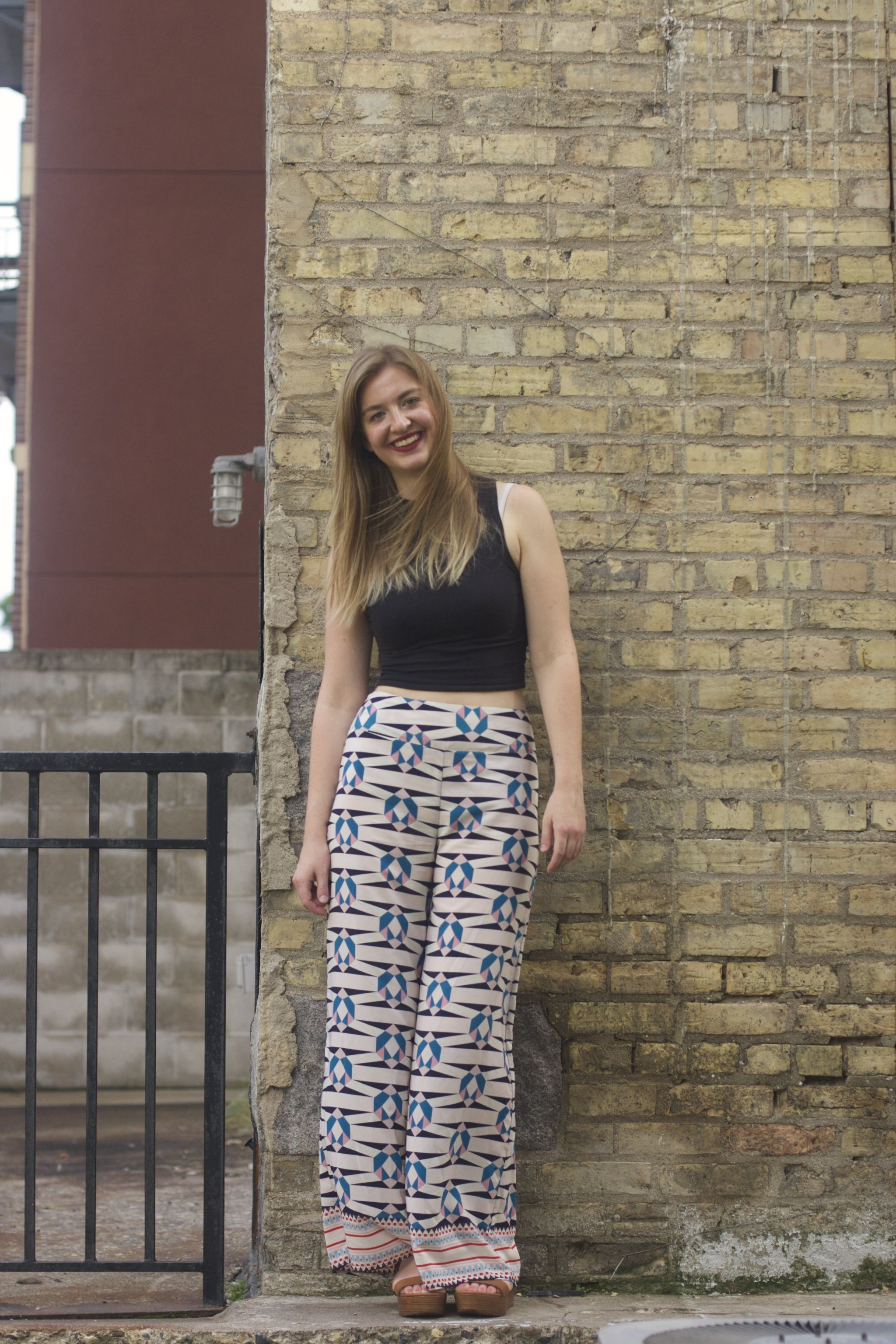 3d3caa31a9f287 Funky pants and crop top. Check out my first post  http