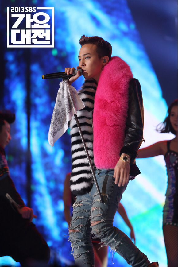 GD @ 131229 SBS Gayo Daejun Official photo 25