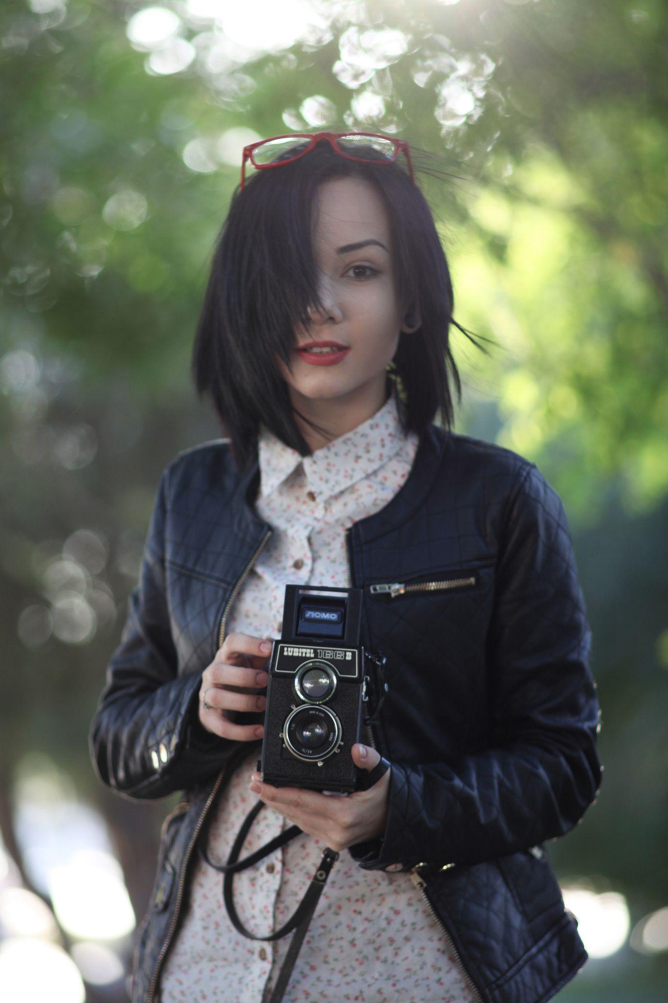 Lubitel 166 Canon Ef 135 Mm F 2 8 Softfocus Insta Fashion Portrait Canon Ef