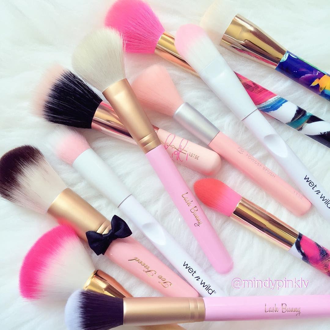 "mindypinklv on Instagram ""Prettiest brushes makeupmess"