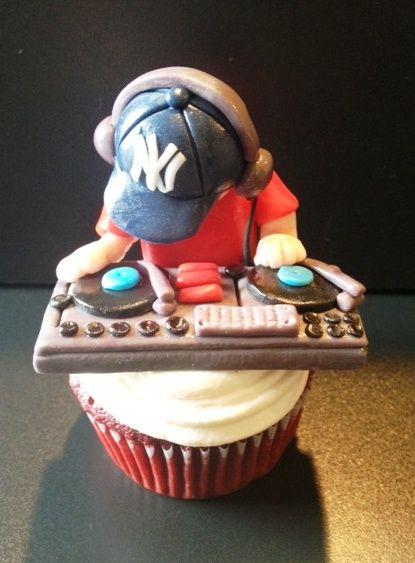 DJ Spinning on Cupcake
