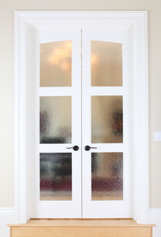 Frosted glass french doors as seperators for bedroom for Bedroom french doors