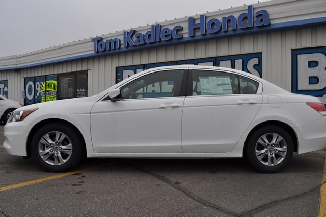 new 2012 honda accord auto for sale rochester mn 507 281 2500 from rh pinterest co uk  2012 honda accord service a